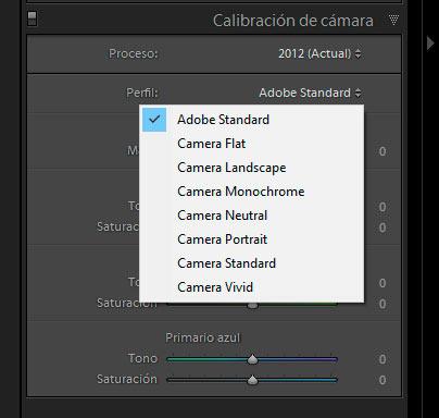 Interfaz de la pestaña calibración de cámara de Lightroom